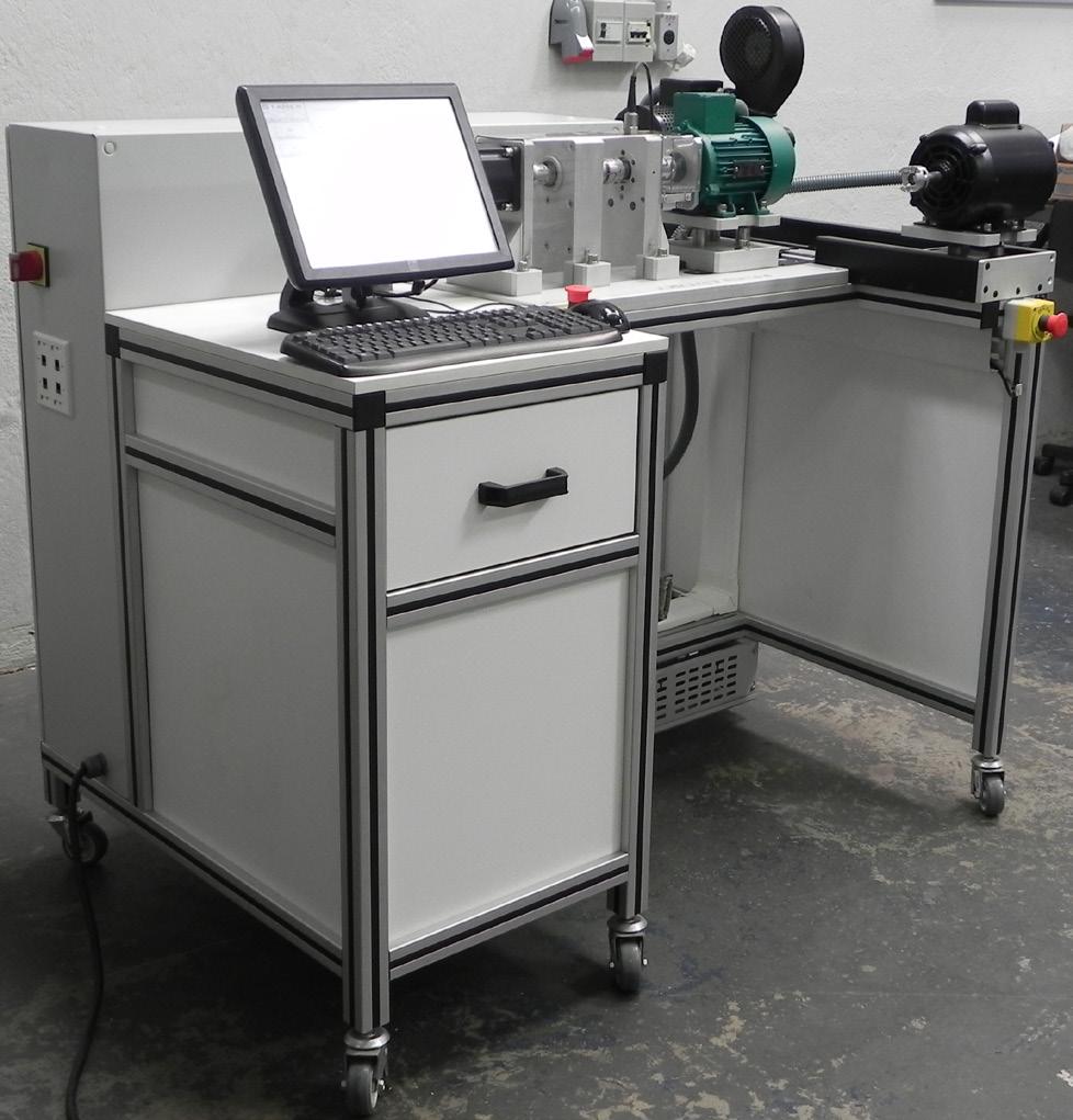 Sistema de Treinamento e Análise de Máquinas Elétricas Rotativas – Ref. DT-ET011
